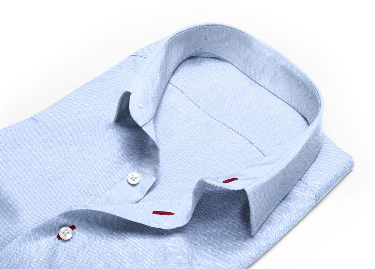 Chemise homme sur mesure col boutonné bleu uni