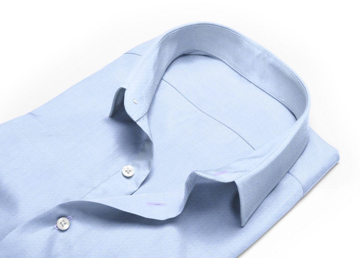 Chemise homme sur mesure col indien à rabats extérieurs bleu uni