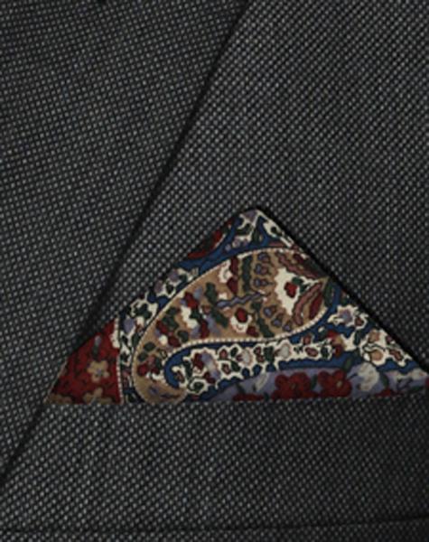 Pochette à motifs floraux
