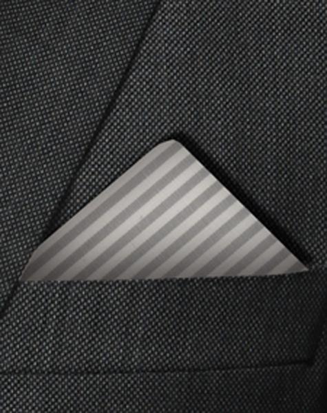 Pochette grise et blanche