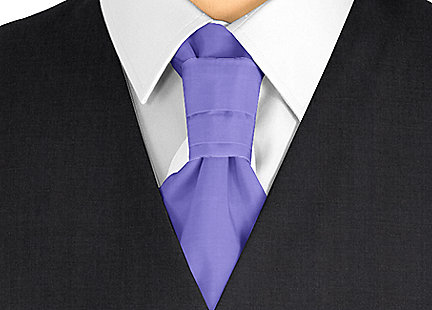Cravalière en soie violet