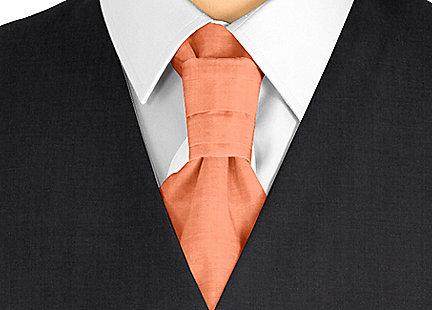 Cravalière en soie orange
