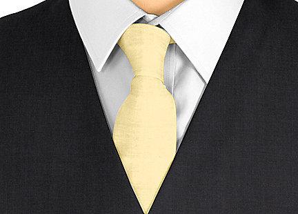Cravate doré en soie