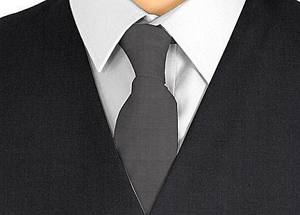 Cravate noir en soie